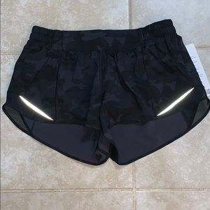 Incognito Camo Hotty Hot Shorts (Newer Version)